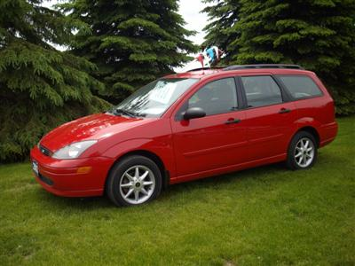FORD FOCUS 2000 wagon